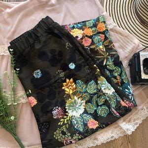 NWT LOFT Multicolor Floral Silky Gaucho Fluid Pant